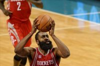Houston Rockets Los Angeles Clippers'ı Harden'ı...
