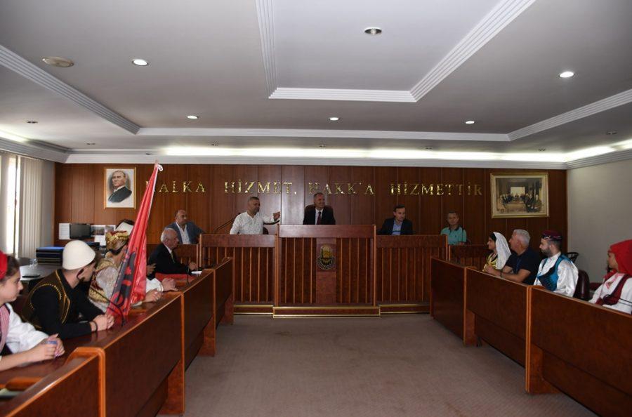 bld 2698 5d7b9ee81daa8 - Bursa İnegöl Belediye Başkanı Taban Balkan ekiplerini konuk etti