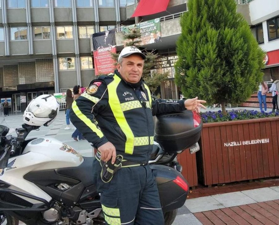 Dur Ihtarina Uymayan Motosikletli Polise Carpti Bursada Bugun