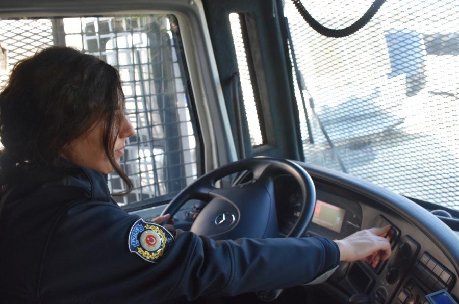 Kadin Polisler Ilk Kez Toma Kullandi Bursada Bugun Bursa Bursa