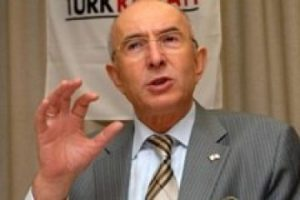 Kızılay Başkanı istifa etti