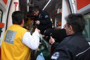İntihara kalkışan genci ölümden otelci kurtardı