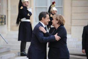 Merkel ile Sarkozy anlaştı