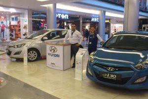 İnallar Carrefour AVM'de yoğun ilgiyle karşılandı