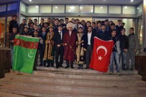 İl Gençlik Kolları üyeleri UÜ mozaik topluluğuyla buluştu
