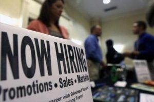 İşsizlik maaşı başvuları beklentilerden çok düştü