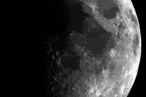 İki uzay aracı Ay'a çarpacak