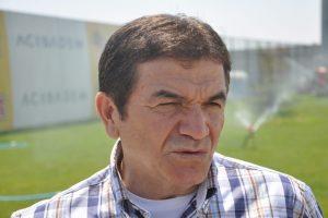 """""""Ersun Yanal Eskişehirspor'dan ayrılmayacak"""""""