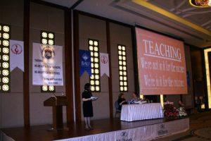 Bursa'da İngilizce eğitimi masaya yatırıldı