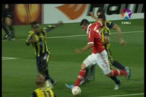 Benfica Fenerbahçe maçında Cardozo'un golü