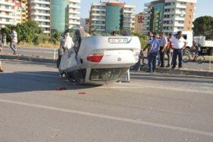 Kavşakta zincirleme kaza: 5 yaralı