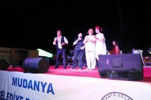 Mudanya'da tiyatro geceleri