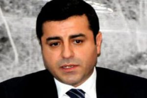 'PKK, kara kaşınız kara gözünüz için çekilmiyor'