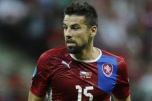 Milan Baros'a ilginç sözleşme