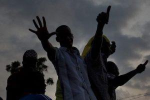 Gine'de etnik dehşet!