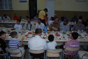 Suriyeli ögretmenler ile iftar yapıldı