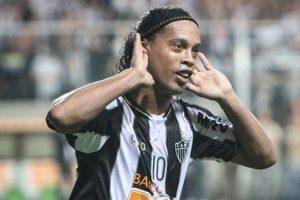 Ronaldinho'da tek engel kaldı