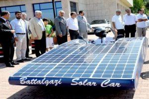 Güneş enerjisiyle çalışan 'Battalgazi' görücüye çıktı