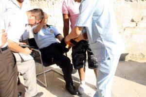 Silahlı kavgada 1 esnaf ve 1 polis yaralandı