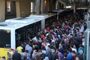 Günde 2.5 milyon yolcu taşınıyor