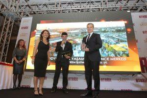 Türkiye'nin En Başarılı Temalı Açık Alan Eğlence Merkezi 'PODYUMPARK'