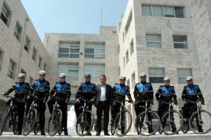 Bursa'da bisikletli zabıtalar iş başında