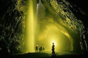 Dünyanın en derin mağarasına Ruslar indi!