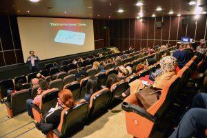 Bursa'da sosyal medya uzmanları sertifikalarını aldı