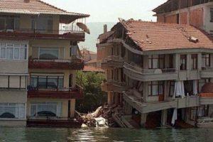 Muhtemel 'Marmara depremi'ndeki gaz iddiası ortalığı karıştırdı