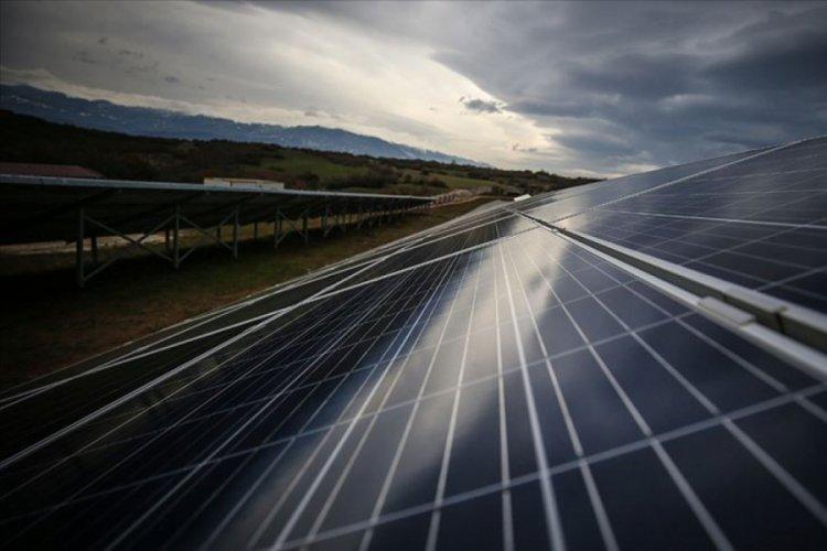 Güneş enerjisiyle 30 yılda 18 milyar dolar ülkede kalacak