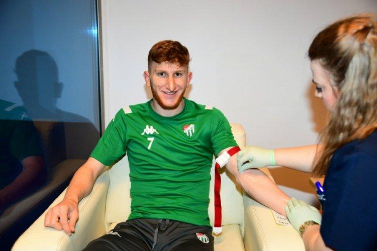 Bursasporlu futbolcular kan testinden geçti