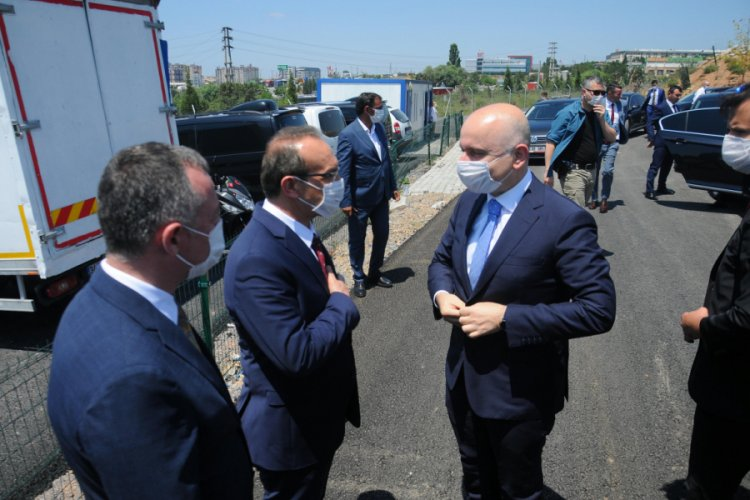 Bakan Karaismailoğlu, İstanbul ve Kocaeli'ni birleştirecek metro hattında