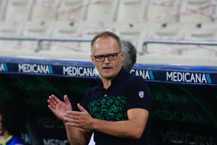 Bursaspor Teknik Direktörü Buz: Süper Lig'e çıkmak istiyoruz