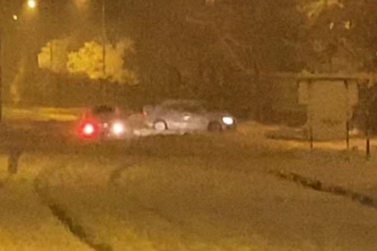 Bursa'da karlı yolda drift yaptılar