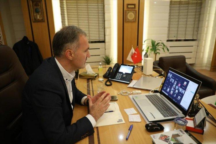 Bursa İnegöl Belediye Başkanı Taban, 100 gençle bir araya geldi
