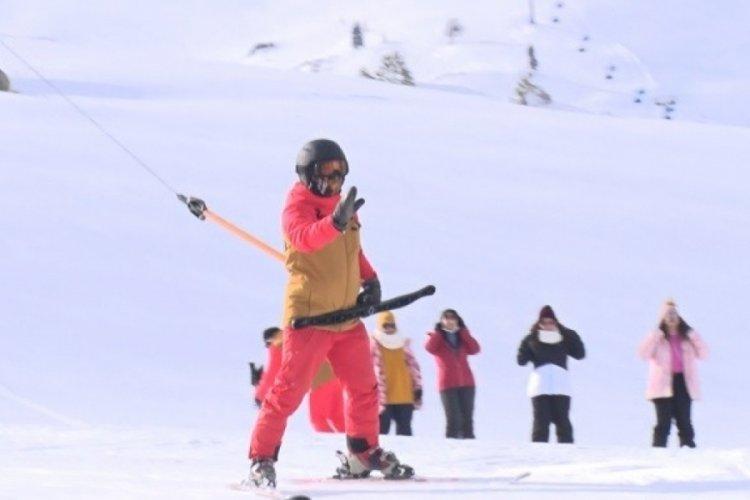 Bursa Uludağ'da sezon uzatıldı