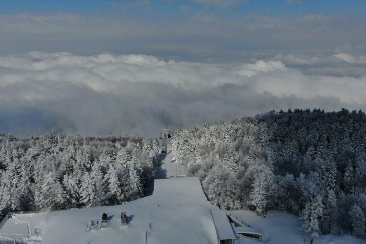 Bursa Uludağ'dan büyüleyici kar manzaraları