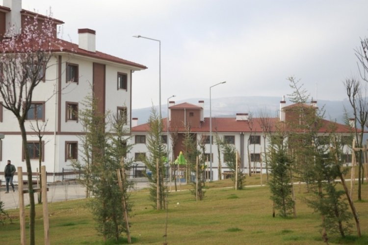 Bursa Orhangazi'de 4. etap TOKİ konutlarının teslimi başladı