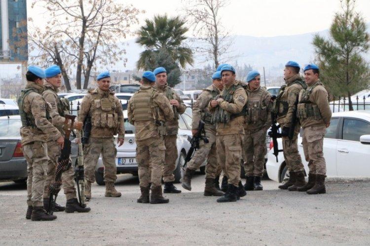 Barış Pınarı bölgesinde 1 yılda 707 terörist yakalandı