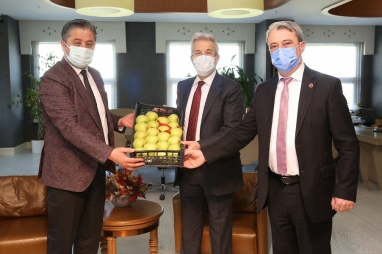 Bursa Nilüfer Belediye Başkanı Erdem, Bayramiç heyetini ağırladı