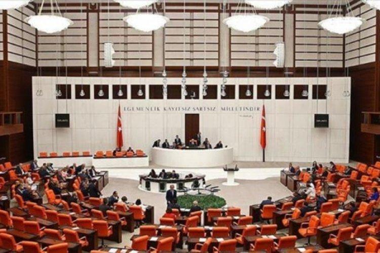 AK Parti'den yeni komisyon için önerge