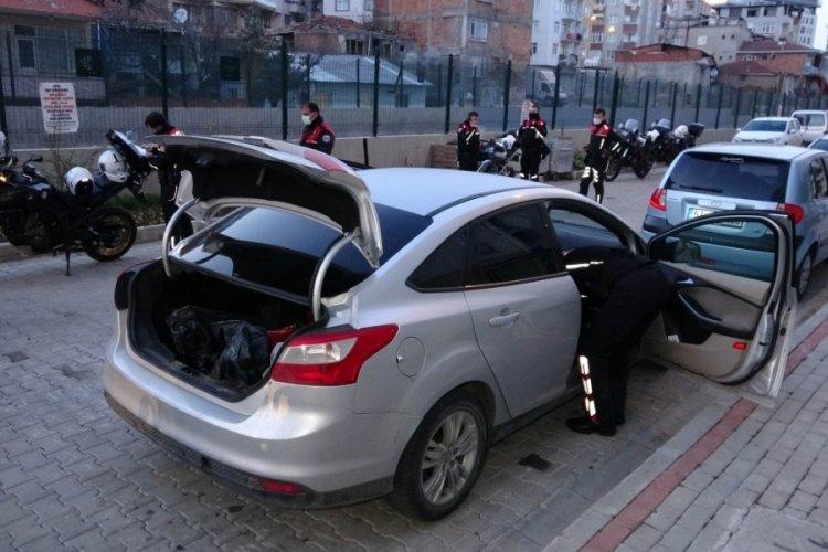 Polisten kaçan araç sürücüsüne 7 bin 29 lira ceza yazıldı