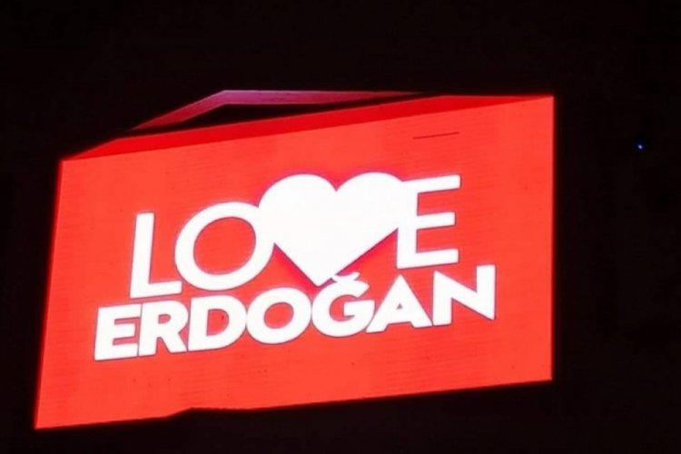 """KKTC sokaklarında """"Love Erdoğan"""" afişleri"""