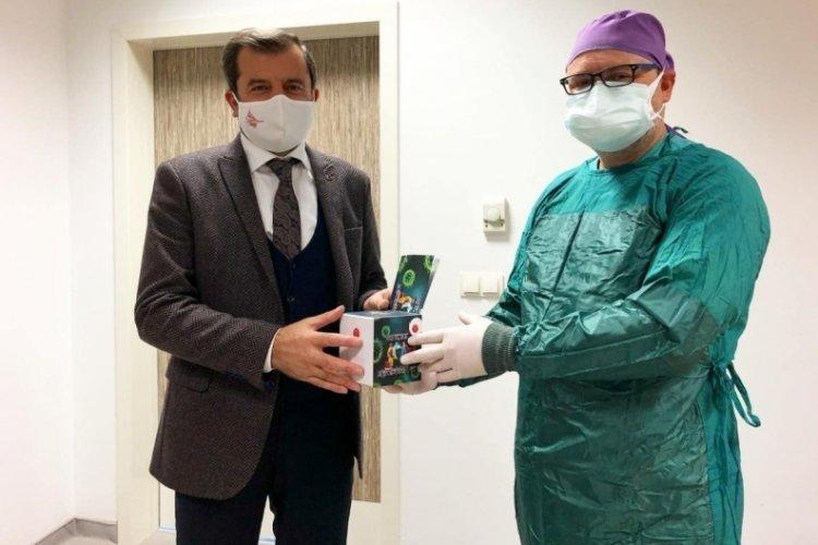 Bursa Gürsu Belediye Başkanı Işık sağlık kahramanlarının gönlünü aldı