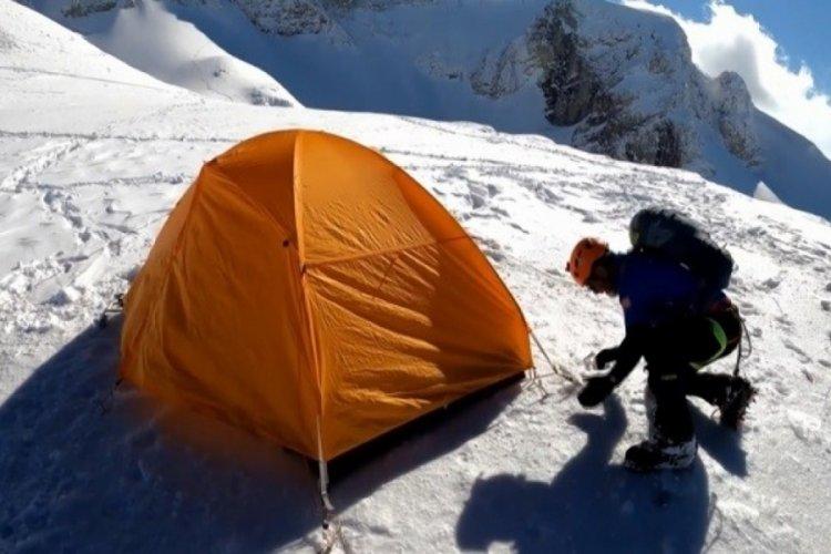 Bursalı dağcıların zorlu yolculuğu belgeselleri aratmadı