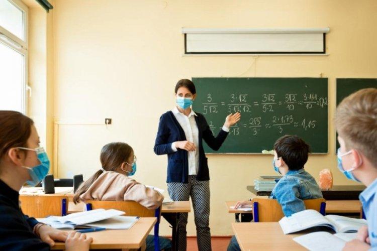 Eğitim-Sen Genel Başkanı'ndan sözleşmeli öğretmen kararına tepki