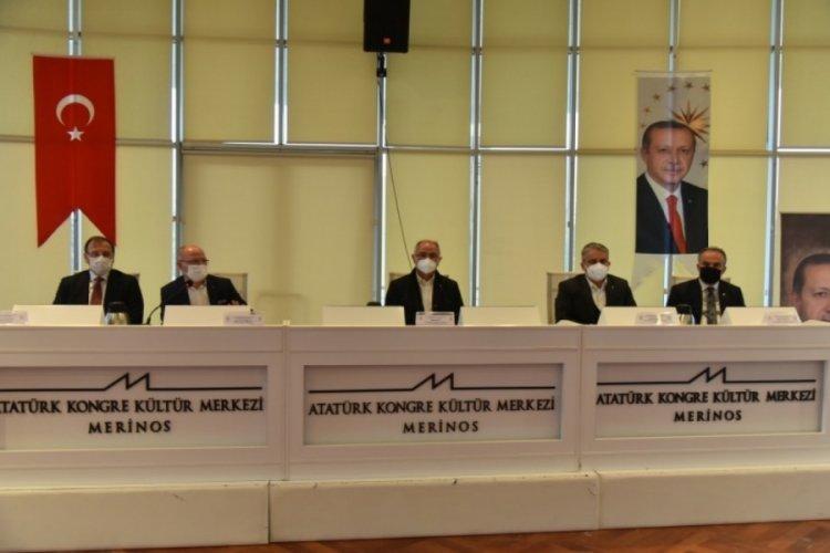 AK Parti Bursa Teşkilatları istişare toplantısında buluştu