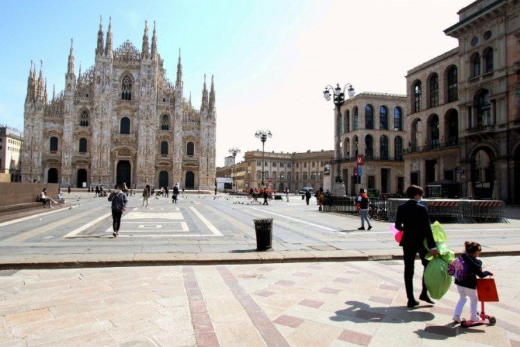 İtalya'da koronavirüse bağlı 331 can kaybı
