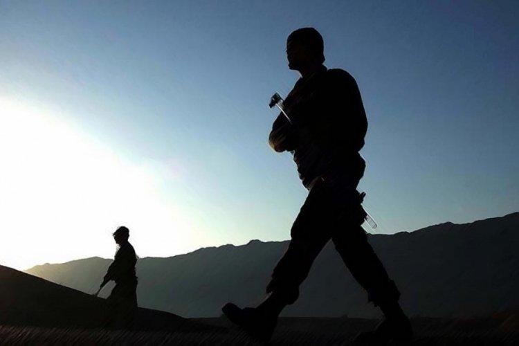 PKK'lı bir terörist daha teslim oldu