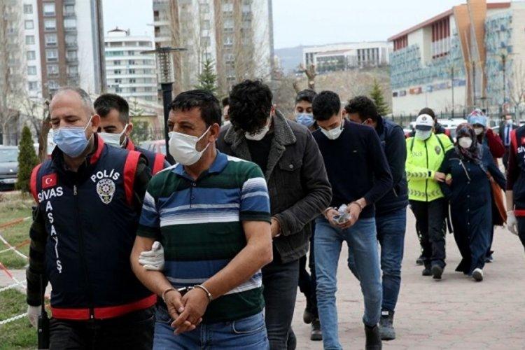 Hastane çalışanlarına saldıran şüphelilere çifte ceza